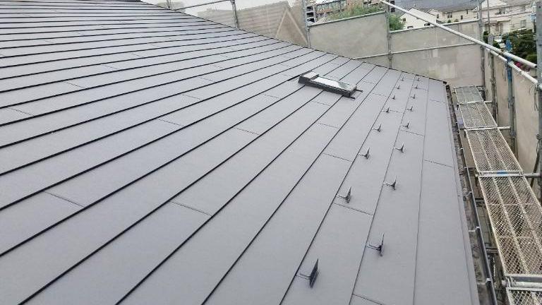 横浜市旭区|カバー工法による屋根リフォーム完了